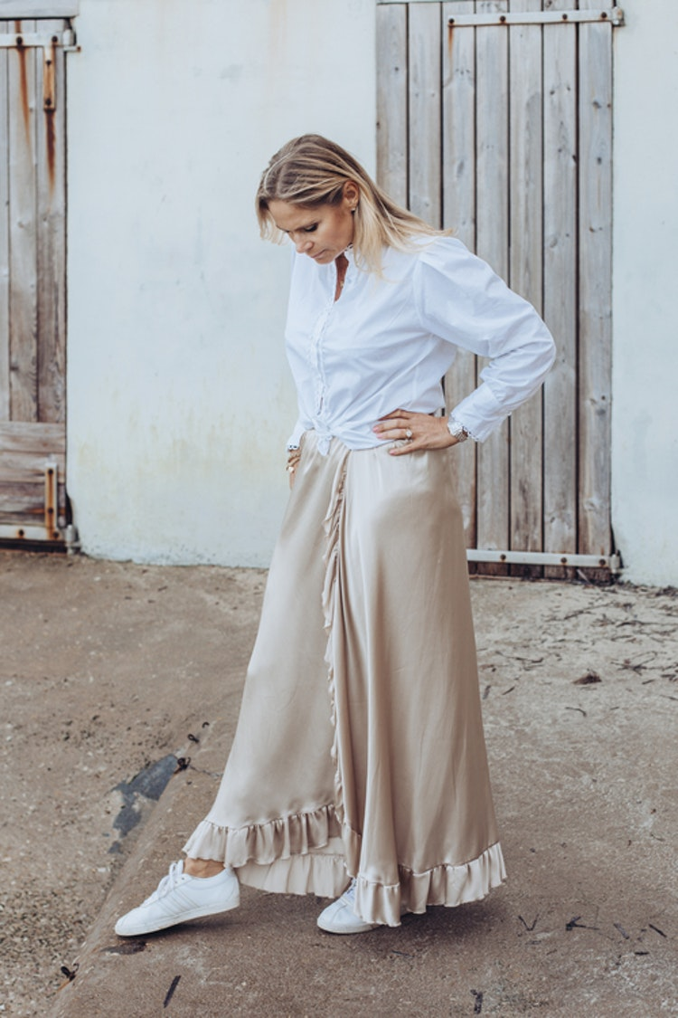 Silk skirt beige