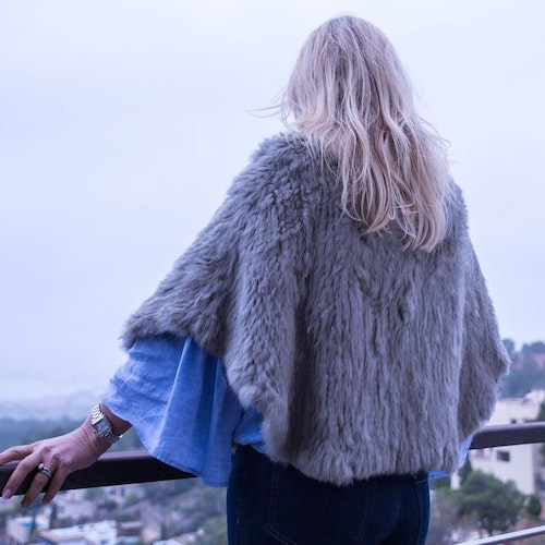 Fur cape grey