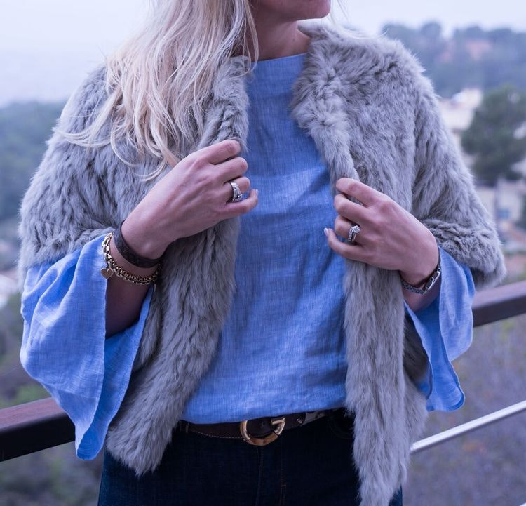 Fur cape grey