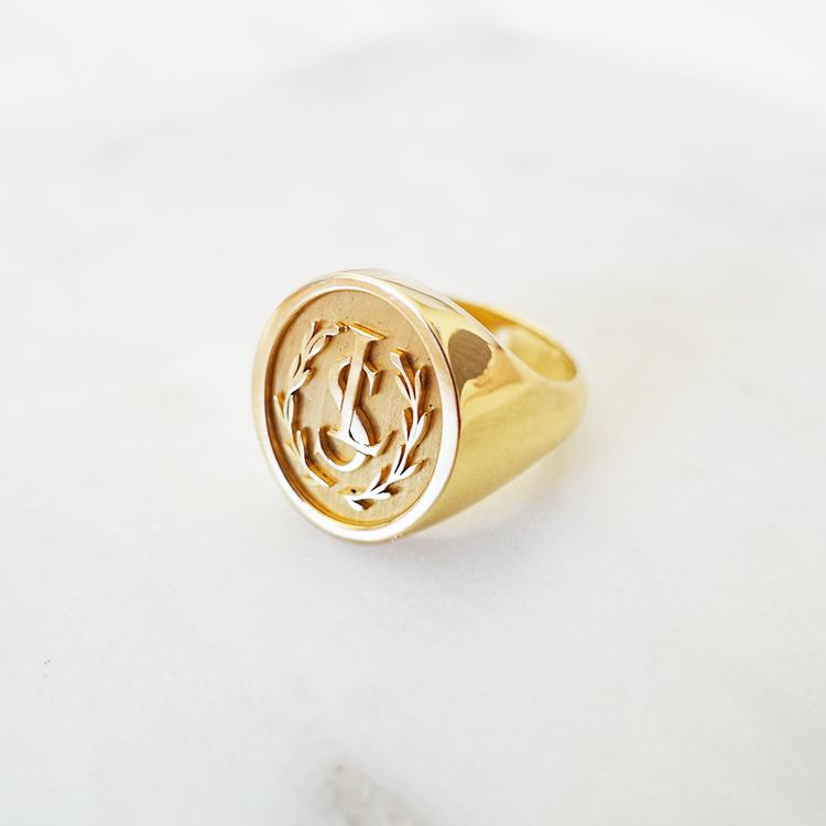Lundsberg monogram ring