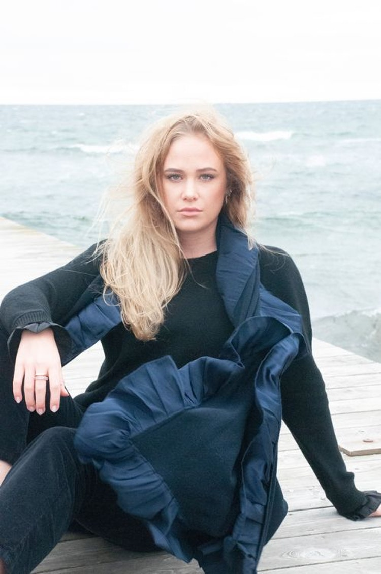 Silk frilled knitted cashmere shawl navy