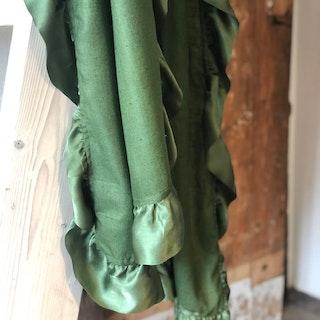 Silk frilled woven cashmere shawl green