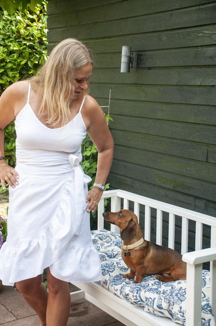 Linen skirt white
