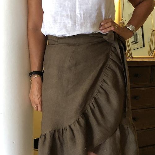 Linen skirt brown