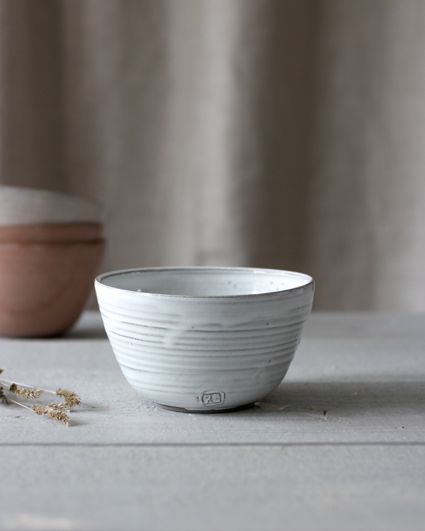 Jord keramikskål vit