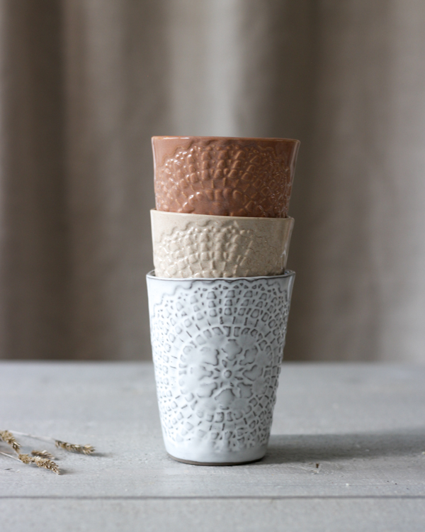 ETHNIC CERAMIC MUG GRAYCLAY