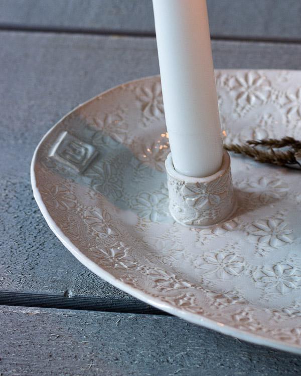 Ljusfat i keramik för två ljus i vit glasyr