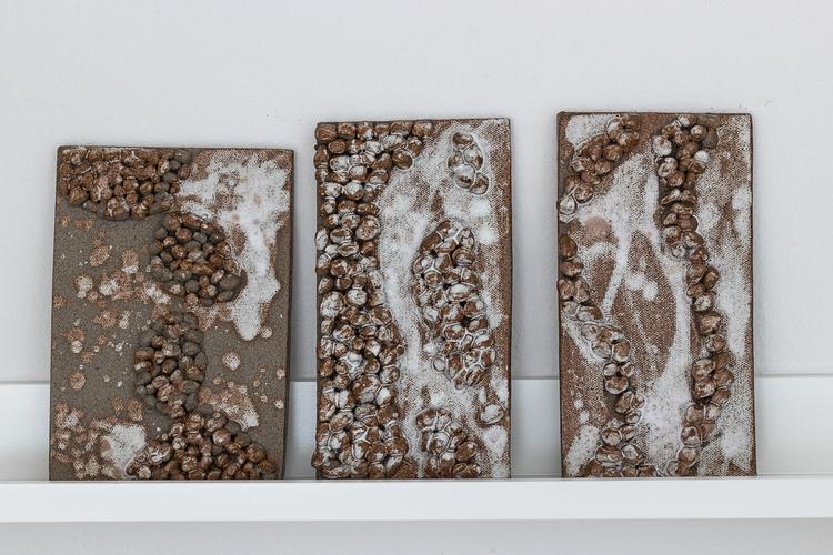 keramiktavla Pebbles2