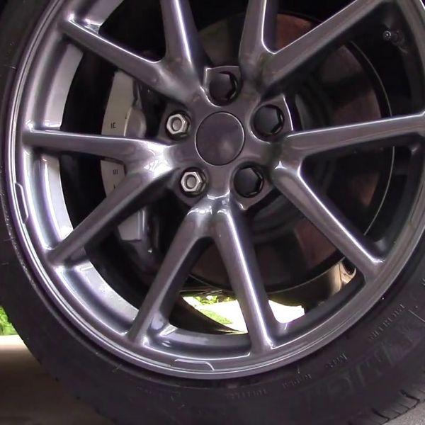 Tesla Model S, 3, X & Y mutterkåpor blanksvarta