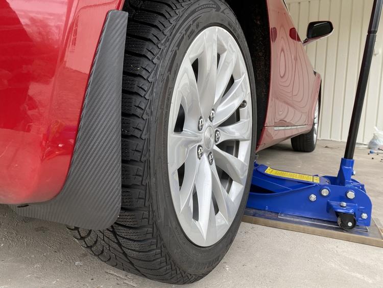 Model S Stänkskydd - Matt kolfiber reservdelar