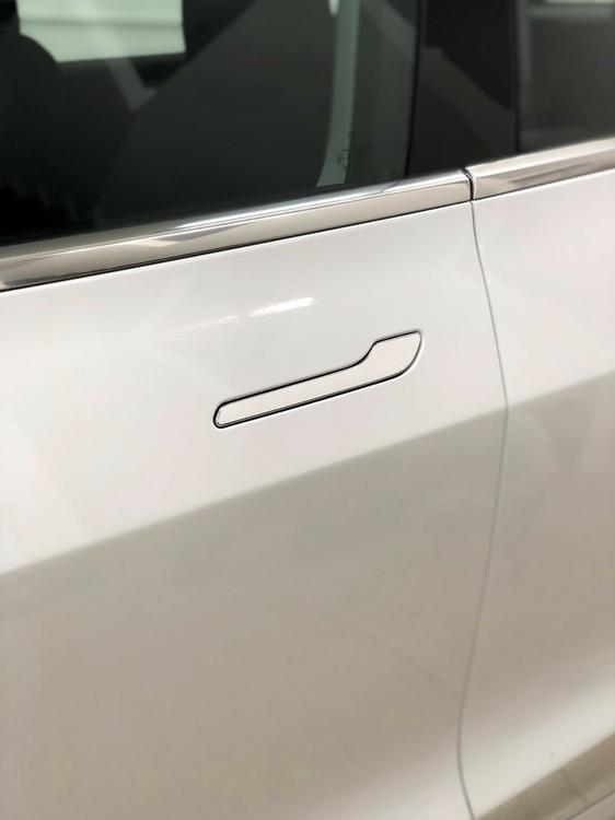 Model 3 Dörrhantag blank vit -- FYNDHÖRNAN