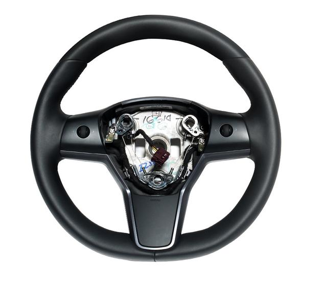 Model 3 & Y ratt kolfiber utbytesenhet