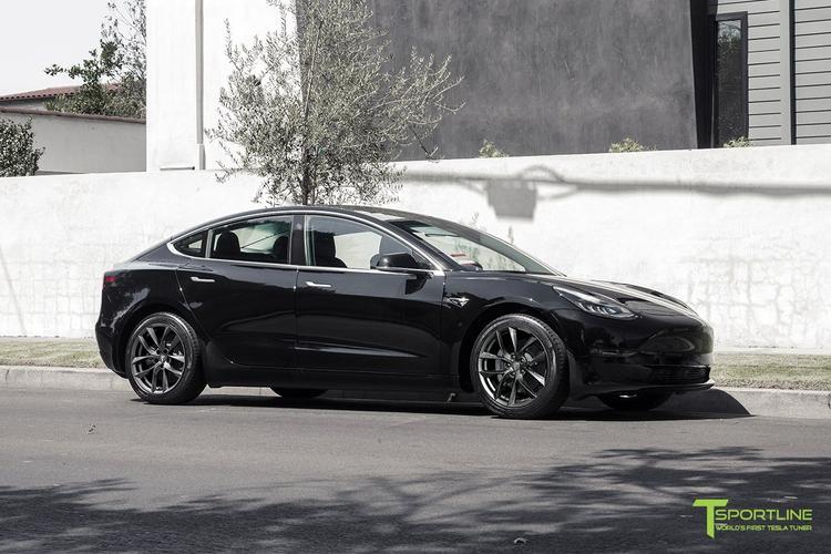 """T-sportline Model 3 18"""" TSS Arachnid style space gray (4 fälgar)"""