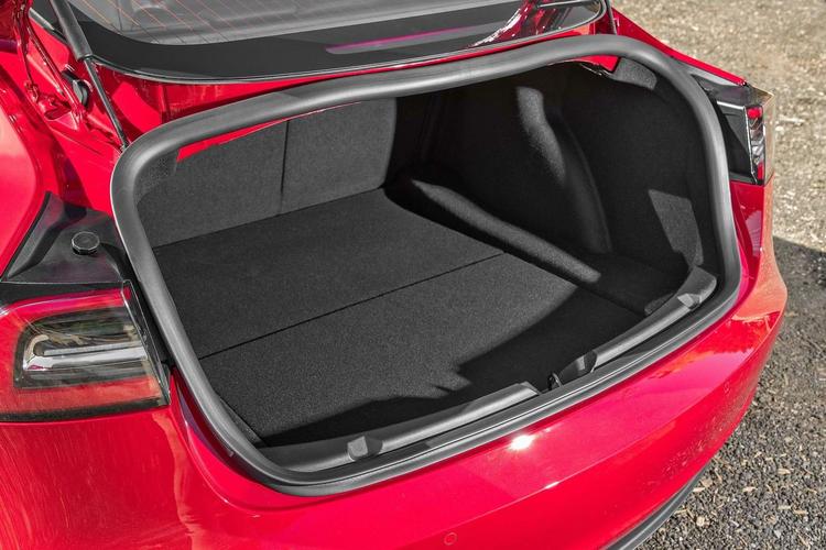 Model 3 fotsensor trunk facelift