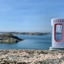 Tesla Mini Supercharger