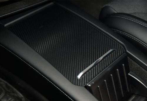 Model S/X mittenkonsoll carbon fiber wrap, matt