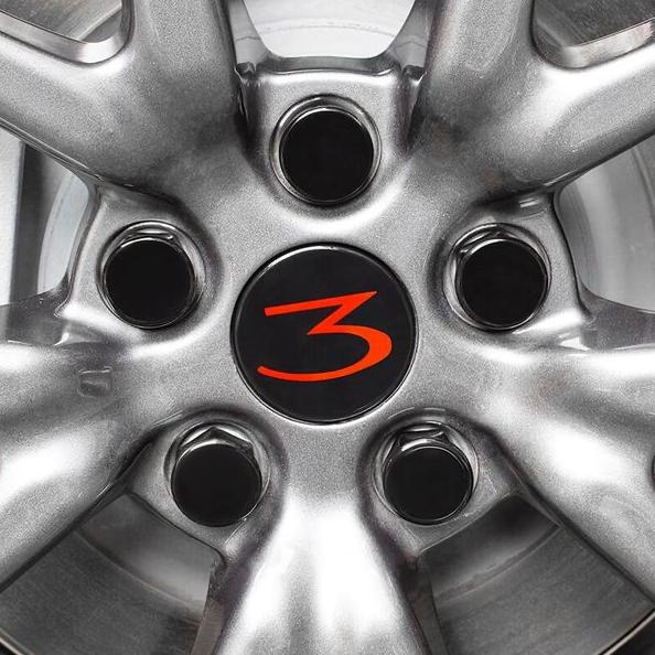 Model 3 Center caps röd 3