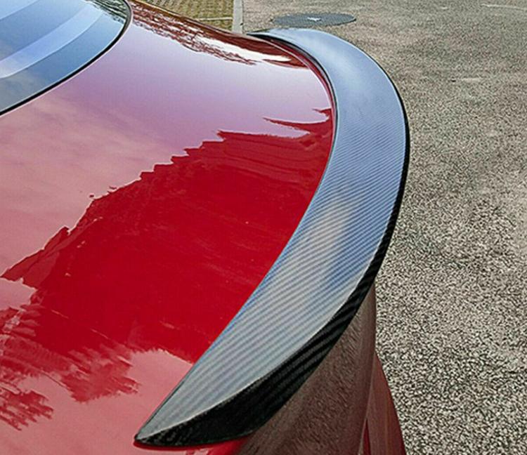 Model 3 Sportspoiler i kolfiber matt