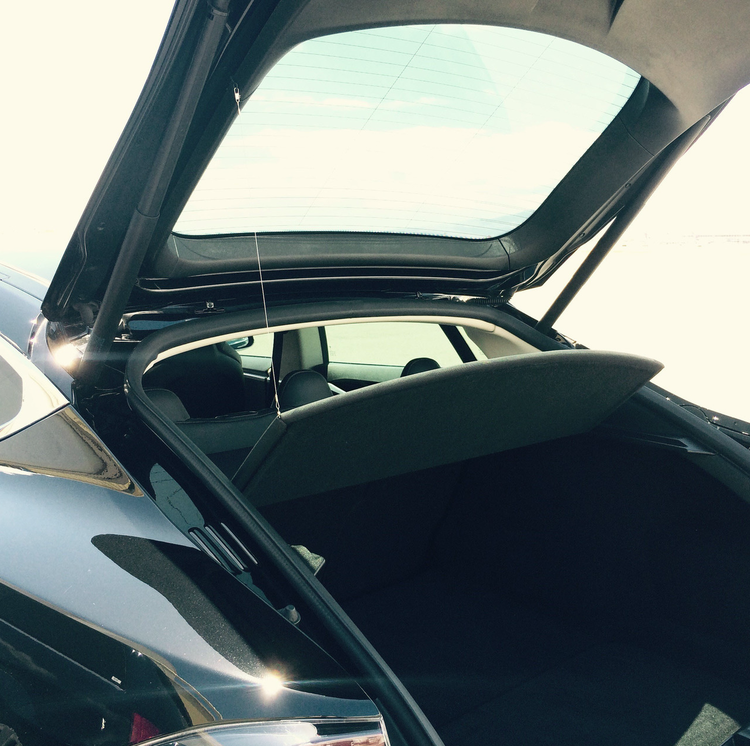 Model S Auto-Lift kit för hatthylla