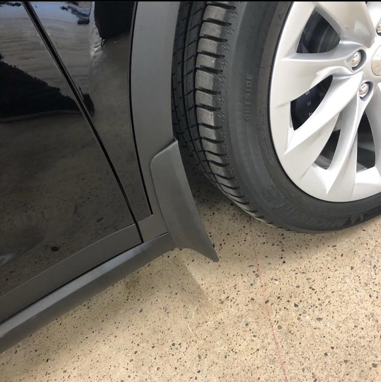 Model X stänkskydd mattsvart ink skyddsfilm