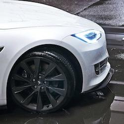 Model S front lip spoiler