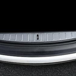 Model X lastskydd i metall för trunken silver/svart