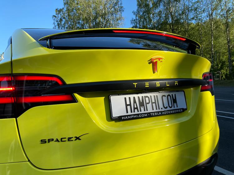 Tesla lampa för T logga