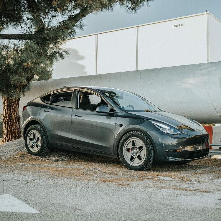 Unplugged Performance - Model Y Coilover fjädringsset dirt & snow