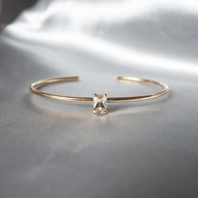 """Radiant"" bangle in silver or gold with a champagne morganite"