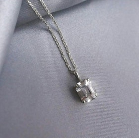 """Swedish Ice"" necklace in silver"