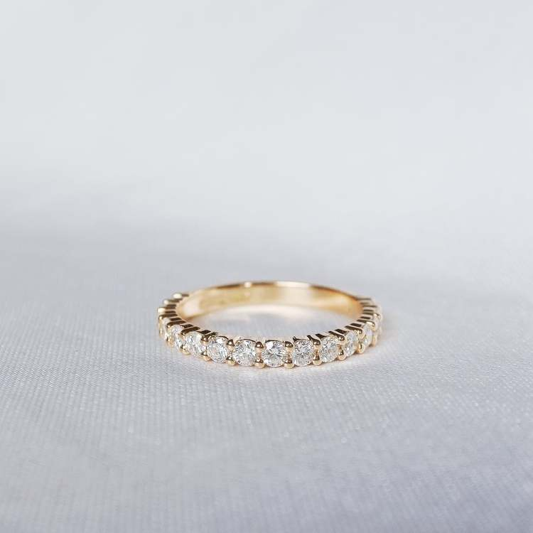 """Barbarella"" ring with 0.45ct W/SI diamonds"