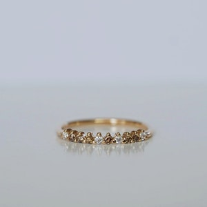 """""""Cleopatra"""" ring in gold with mixed white & champagne diamonds"""