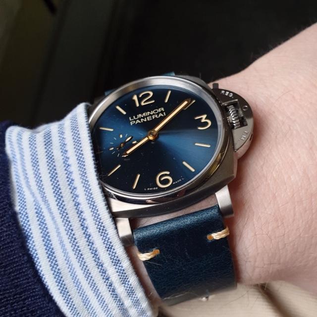 blått vintage klockarmband av läder