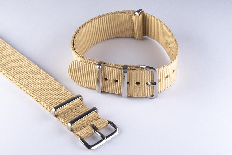 Khaki beige nato klockarmband
