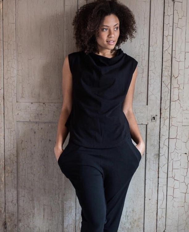 Santosha bagy black
