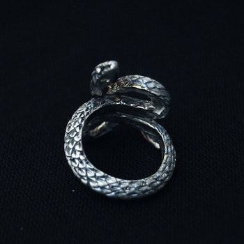 Ring Lilith