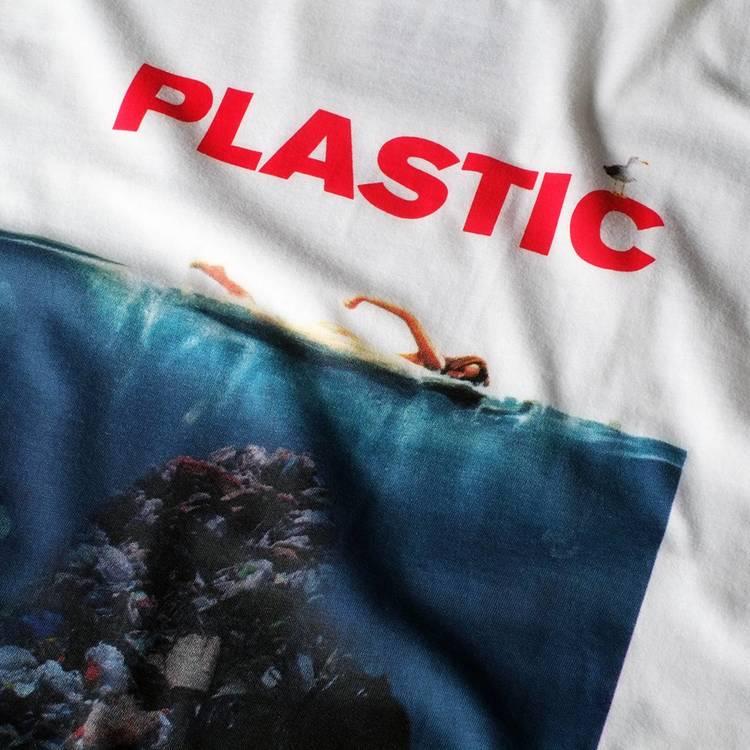 Plastic t-shirt (XL)