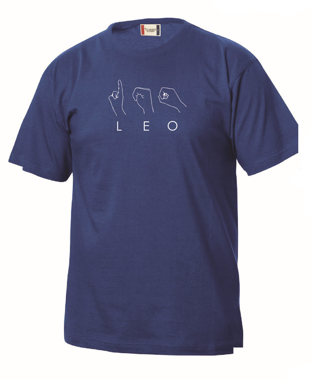 Beställ en unik och personlig T-shirt med namn/valfritt ord eller hela handalfabetet på teckenspråk.