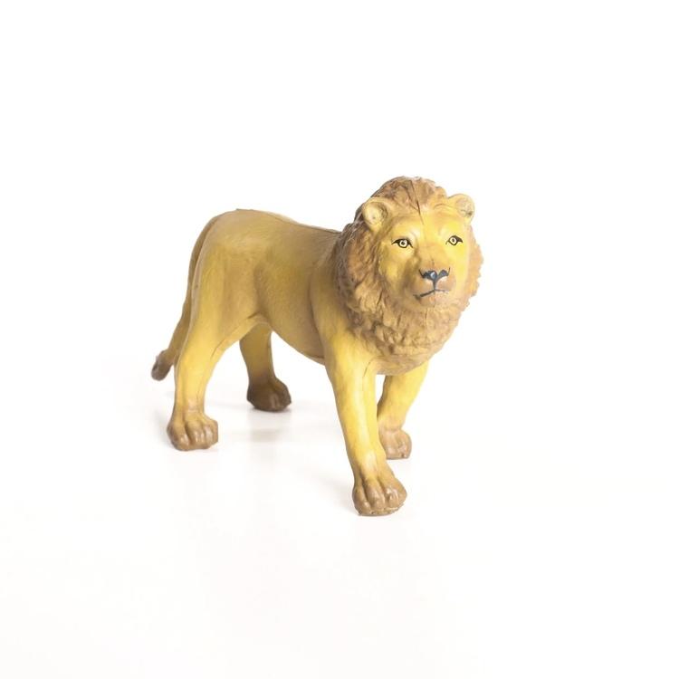 Lejon i naturgummi
