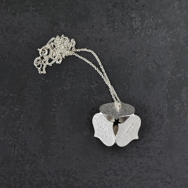 Blomhänge på kedja, stort