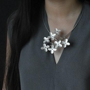 Halssmycke - Blommor