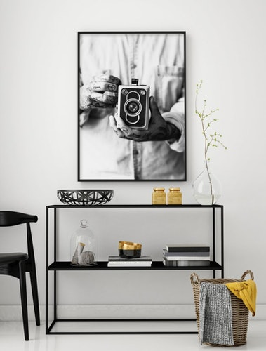 "Poster ""Holding Camera"" 50x70cm"