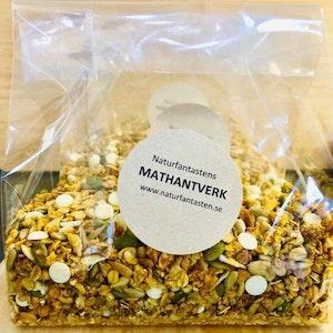 Naturfantastens Rostade Müsli, saffran & vit choklad, 450g