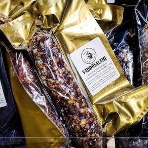 Väddö-salami 160-220 g,    700 kr/kg