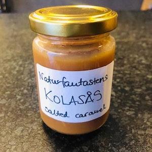 Hemgjord Kolasås