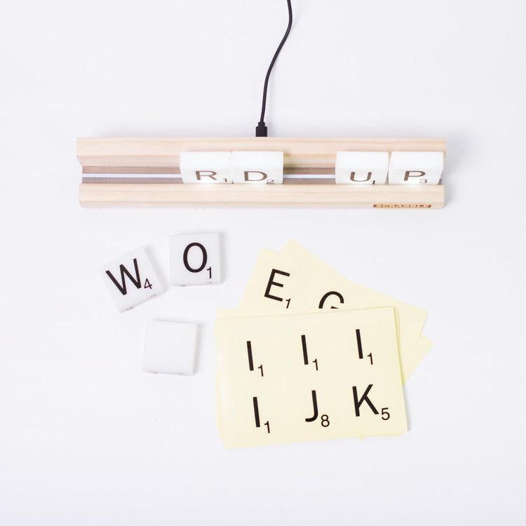 Scrabble tile lights - Lampa