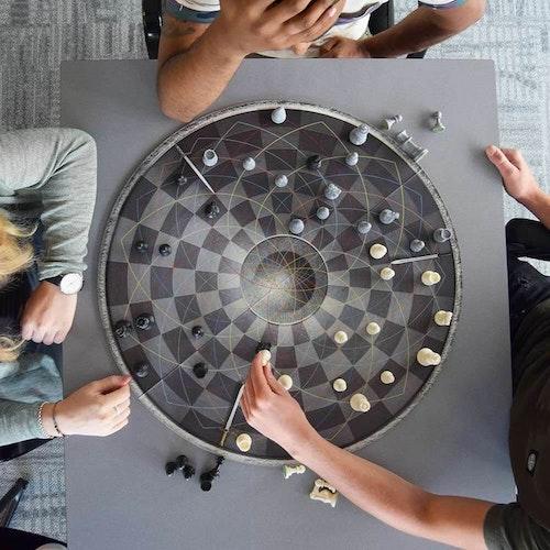 Schackspel  För Tre