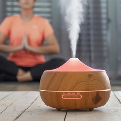 Luftfuktare med aromaterapi - Multicolor LED