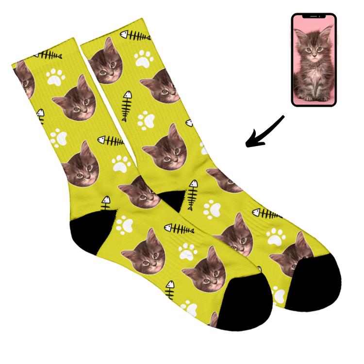 strumpor med katt ansikte