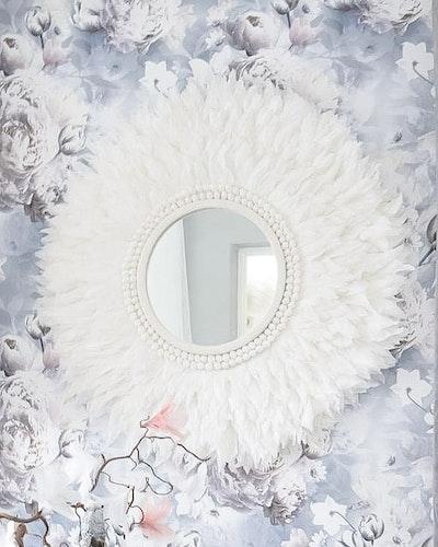 Blanca (pure white)